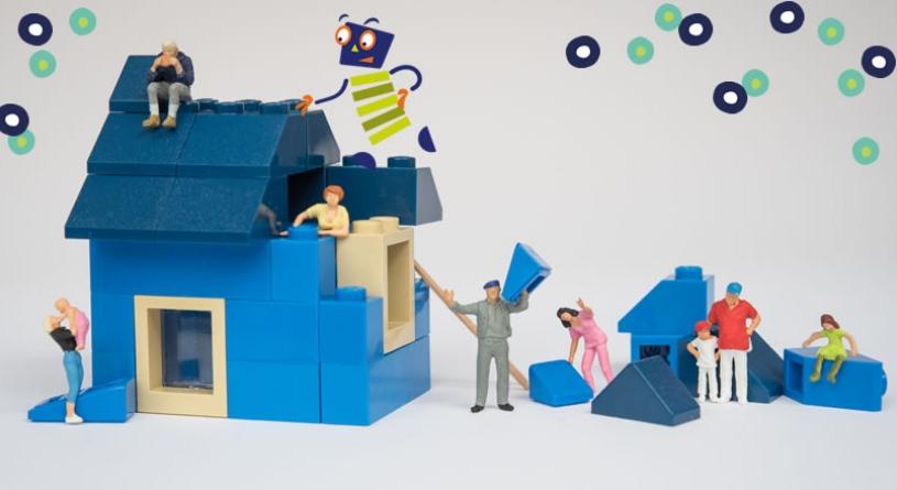 Blaues Legohäuschen wird gebaut
