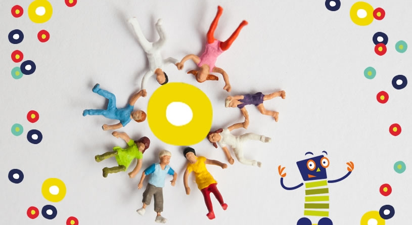 Miniaturfiguren bilden einen Team-Kreis